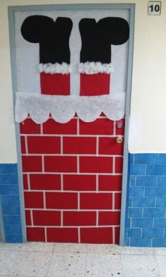 50 Christmas Door Decorations for Work to help you Ace the Door Decorating Contest - Hike n Dip Looking for quick Christmas Door Decoration Ideas? Here are the best Christmas Door Decorations for work to ace the Christmas door decorating contest. Diy Christmas Door Decorations, Christmas Door Decorating Contest, Christmas Decorations For Classroom, School Door Decorations, Homemade Decorations, Simple Christmas, Christmas Crafts, Snowman Crafts, Beautiful Christmas
