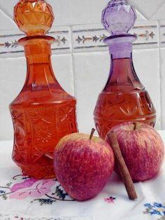Licor caseiro canela e macã é a minha sugestão de hoje no outono e inverno sabe mesmo bem um licor caseiro e umas nozes ou castanhas, beba com moderação
