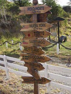 carteles madera direcciones - Buscar con Google