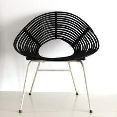 Located using retrostart.com > Lounge Chair by Dirk van Sliedregt for Rohé Noordwolde