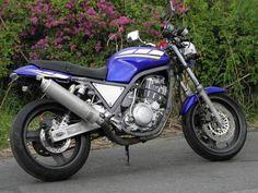 SRX400 Flat Tracker, Sportbikes, Street Bikes, Cars And Motorcycles, Yamaha, Vehicles, Motorcycles, Motors, Crotch Rockets