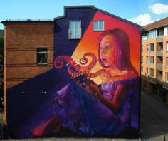 Muralist Captures the Wonder of Reading