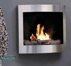 De #RubyFires #Samoa is een moderne bio ethanol haard die aan de wand gemonteerd kan worden. Dankzij de nieuwste #keramische brander van Ruby Fires zal uw Ruby Fires Samoa altijd veilig kunnen branden in uw huis. Zo houdt de absorberende keramische kern de vloeistof binnen de brander, waardoor lekken of gevaarlijke situaties uit zijn gesloten. #Interieur #Fireplace #Fireplaces