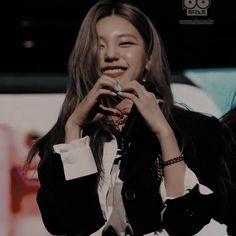Kpop Girl Groups, Kpop Girls, Yuri, Korean Beauty Girls, Uzzlang Girl, K Idol, Kpop Aesthetic, Dahyun, Chara