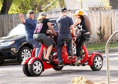A new party bike company with pub crawls and history tours rolls into town Beer Bike, Bend, Pub Crawl, Capital City, Cool Girl, Baby Strollers, Fun Facts, Cycling, Mini