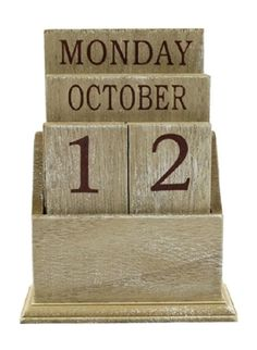 This lovely and useful desk calendar is an excellent way to add a touch of shabby chic or country style to your office/study or home. It makes a perfect gift too! The wooden tiles are removable and finished in a natural distressed style which show the day Shabby Chic Kitchen Accessories, Days And Months, Perpetual Calendar, Desk Calendars, Shabby Chic Homes, Country Style, Natural Wood, Dark Brown, Wedding Gifts