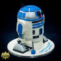 R2D2 Cake R2d2 Cake, Sugar Art, Custom Cakes, Carving, Desserts, Personalized Cakes, Tailgate Desserts, Deserts, Personalised Cake Toppers