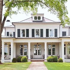 25+ Trendy Farmhouse Exterior Home Design Ideas - #Design #dreamhouses #Exterior #Farmhouse #Home #Ideas #Trendy