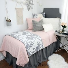 Complete your beautiful dorm bedding with a Flamingo grey extra long dorm bed skirt and dorm headboard bundle by Decor 2 Ur Door. College Bedding Sets, Twin Xl Bedding Sets, Teen Bedding, Pink Bedroom Decor, Bedroom Colors, Bedroom Ideas, Bedding Decor, Dorm Bed Skirts, Interior Desing