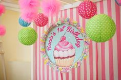 Rocio Marie's Cupcake Themed Party: Stage
