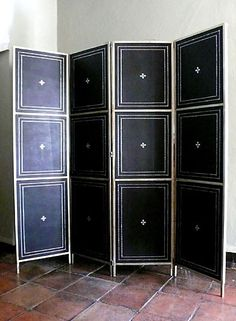 http://casamidy.com/furniture/etageres/view.html