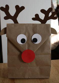 Reindeer goodie bags for the kids. Reindeer goodie bags for the kids. Preschool Christmas, Christmas Crafts For Kids, Christmas Activities, Christmas Fun, Holiday Crafts, Holiday Fun, Winter Holiday, Christmas Treat Bags, Christmas Gift Wrapping
