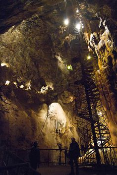 repelled and then spelunking@ Moaning Cavern - Vallecito, California, USA California Camping, California Usa, Angels Camp California, Northern California Travel, Southern California, Oh The Places You'll Go, Places To Travel, Places To Visit, Dream Vacations