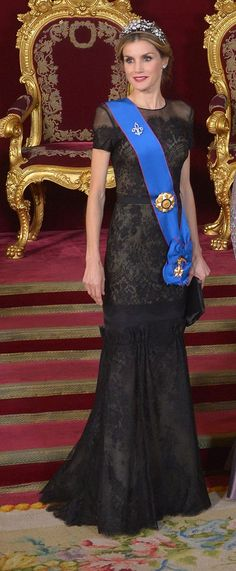 Queen Letizia of Spain wearing Carolina Herrera and the Spanish Floral tiara - 29.10.2014