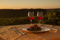 Possibly the perfect way to spend an evening in Napa Valley, don't you agree?
