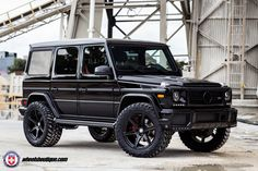 Mercedes-Benz-G63-AMG-on-HRE-TR106-Wheels-9.jpg 1 800×1 200 pixels