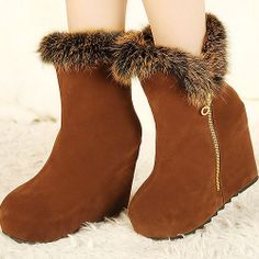 Graceful Round-Toe Upper Wedge Ankle Boot