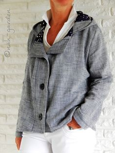 Online shopping from a great selection at Clothing, Shoes & Jewelry Store. Hooded Jacket, Men Sweater, Textiles, Athletic, Sewing, Sweaters, Shopping, Clothes, Quilting