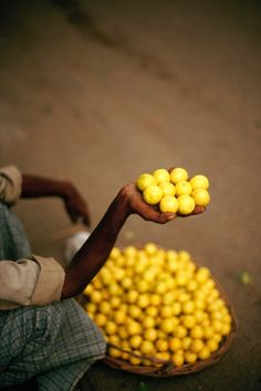 Yellow limes for market day in India