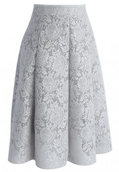 A bomb take on the classic grey skirt always leaves us crushing hard! This Blooming Romance serves up loads of elegance and femininity with its floral lace. - Floral pattern - Honeycomb airy fabric finished - Elastic waist - Concealed back zip closure - Lined - 100% polyester - Hand wash Size(cm)Length Waist S/M 64 64-74 Size(inch)Length Waist S/M 25 25-29 * S/M fits for US2-6 UK6-10 EU34-38 * Our model is 176 cm/5'7