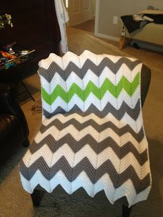 chevron blanket with one contrasting stripe