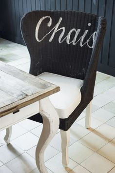 DININGCHAIR CHAISE GREY