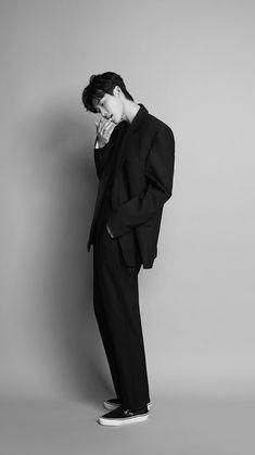 Drama Korea, Korean Drama, Asian Actors, Korean Actors, Julie Lee, Lee Jong Suk Wallpaper, Ryu Jun Yeol, Ong Seung Woo, Lee Jung Suk