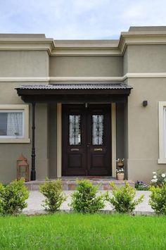 Exterior - Puerta de Entrada: Puertas y ventanas de estilo rural por Opra Nova