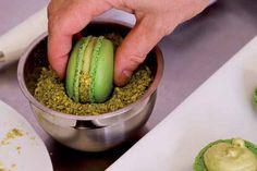 Pistachio Buttercream Frosting Recipe for macaron filling   Bakepedia