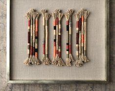 Textiles, Woven Wall Hanging, Fiber Art, Diy, Knitting, Creative, How To Make, Handmade, Tassel