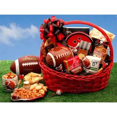 Football Fanatic Sports Gift This exclusive football gift basket is sure to please the most die hard football fan. Filled to the brim with delicious treats and football gifts this unique gift will delight all the football fanatics in your life. Gift Baskets For Him, Themed Gift Baskets, Raffle Baskets, Theme Baskets, Basket Gift, Fundraiser Baskets, Food Baskets, Basket Crafts, Football Gift Baskets
