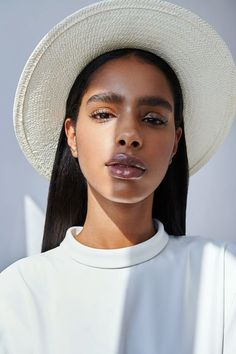 """pocmodels: """"Eileen Matias by Michael Sheller for L'Officiel Lithuania Magazine - August 2019 """" Beauty Makeup, Hair Makeup, Hair Beauty, Pretty People, Beautiful People, Foto Pose, New Skin, Brown Skin, Dark Skin"""