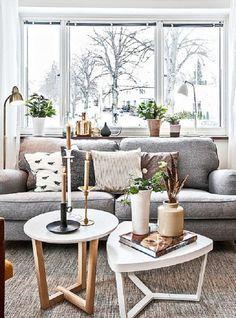10 idei pentru un living room superb - Amenajari interioare Daca doriti sa aveti un living room superb, urmariti aceste 10 idei pentru amenajari impecabile. Care este design-ul ta preferat? http://ideipentrucasa.ro/10-idei-pentru-un-living-room-superb-amenajari-interioare/