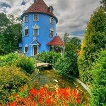 Moonim House, Finland