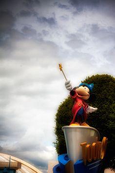 Walt Disney Studios Paris / Jayden Benyunes Photography