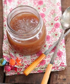 salted toffee sauce. http://picky-palate.com/2012/02/03/salted-toffee-sauce/