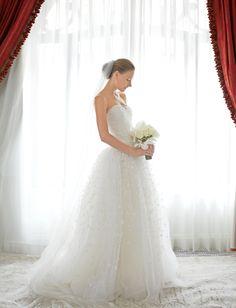 Carolina Herrera wedding dress   Sergio Kurhajec