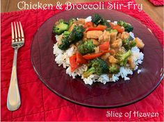 Slice of Heaven~~Chicken & Broccoli Stir-Fry~~Such a yummy, easy and HEALTHY meal for everyone in the family! Chicken Broccoli Stir Fry, Low Sodium Chicken Broth, Pasta Salad, Fries, Side Dishes, Dinner Recipes, Veggies, Heaven