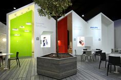 I like the architecture of the booth as well as how they placed the wall colors!  From Philips