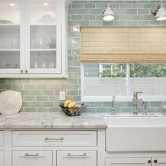 When it comes for decorating one house, kitchen is the most challenging room for decorating. Kitchen backsplash is another way to express your personal style. There are lot creative ideas of kitchen backsplash that every one will love it. While counter to Farmhouse Sink Kitchen, Kitchen Redo, Kitchen Tiles, New Kitchen, Summer Kitchen, Kitchen White, Modern Farmhouse, Copper Kitchen, Rustic Kitchen