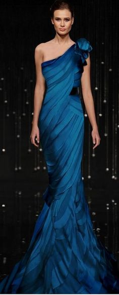 One day, I will wear a dress like this, except I want it in 'firey' red. Daring, you say? :P