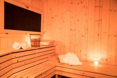 Enjoy the true Swiss alpine experience at one of our Saas Fee Chalets. Bespoke chalet retreats built on our expertise and love of the mountains. Saas Fee, Real Pearls, Rental Property, Outdoor Furniture, Outdoor Decor, Ideal Home, Skiing, Entrance, Condo