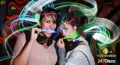 Silent Disco Party Leise disco rucksack disco mieten http://www.247disco.de   ///  Telefon-Nr. 015739275975 Ob auf der nächsten Geburtstagsfeier, beim nächsten Straßenfest oder tatsächlich in der Disco könnte das Prinzip der Silent Disco den Abend unvergesslich machen. Wollen sie mehr Informationen zur Silent Disco, dann schauen sie einfach mal auf http://www.247disco.de