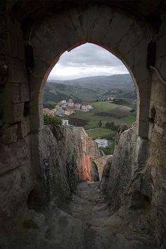 Sperlinga Castle View - Sicily - Italy