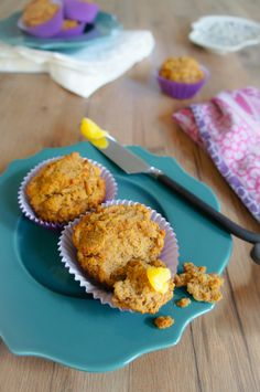 Pumpkin Spice Muffins | Living Loving Paleo. Sweetened with bananas? I'm making these today!