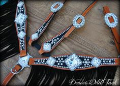 Custom horse tack loaded with bling made in Texas. Bling Horse Tack, Western Horse Tack, Western Saddles, Barrel Racing Saddles, Barrel Racing Horses, Barrel Saddle, Saddle Rack, Barrel Horse, Horse Halters