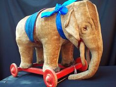 ANTIQUE STEIFF ELEPHANT ON WHEELS CIRCUS FOR RIDING BEAR - LARGE