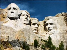 A Black Hills itinerary for families that includes Mount Rushmore, Custer State Park, Jewel Cave, Badlands. The Places Youll Go, Cool Places To Visit, Great Places, Places To Travel, Beautiful Places, Amazing Places, Mont Rushmore, Crazy Horse Memorial, Hotel Restaurant