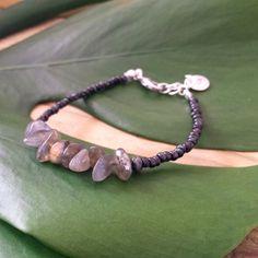 Labradorite chips bracelet Black picasso seed por FlorAccessoires