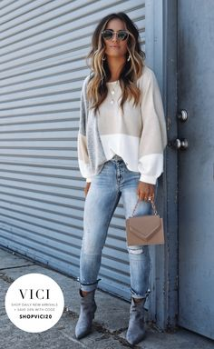 casual fall outfits for women fashion 15 ~ thereds. Cute Fall Outfits, Fall Winter Outfits, Autumn Winter Fashion, Trendy Outfits, Fashion Outfits, Womens Fashion, Work Outfits, Winter Clothes, Jean Outfits